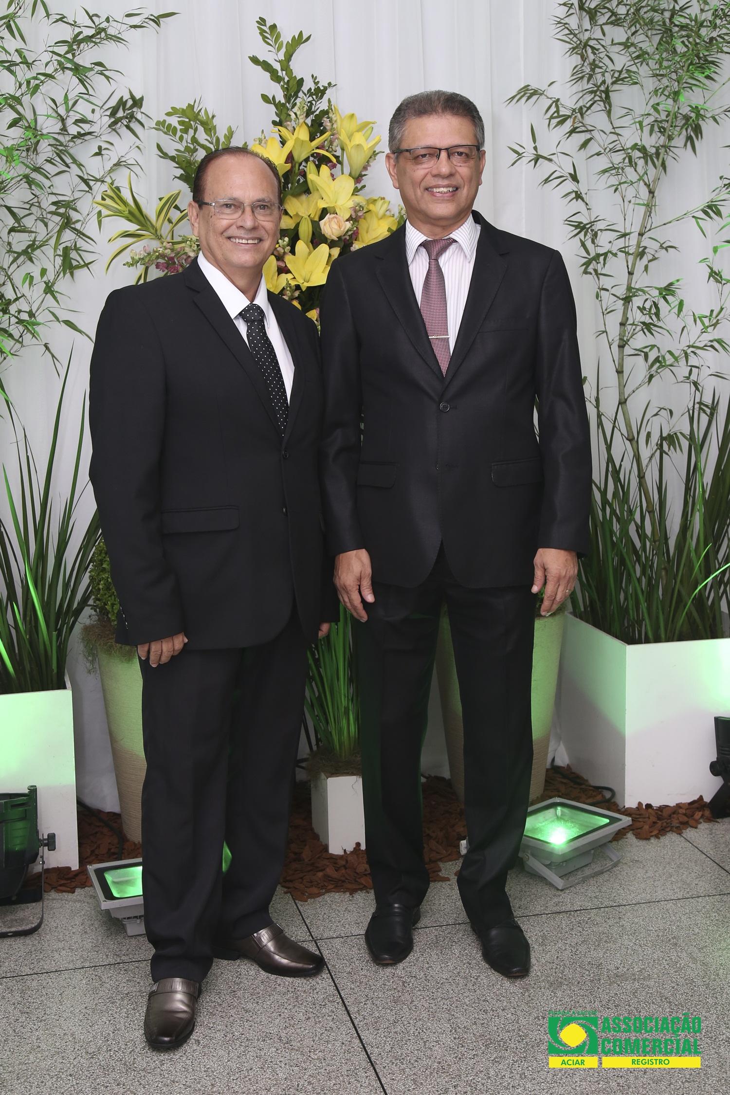 Ex-presidente Renato Zacarias dos Santos (à esq) e o presidente Daniel Muniz de Paulo